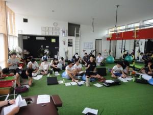 スタッフの発案で始まった勉強会を開催しました