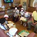 先日、近所の小学生が「まち探検」にきてくれました。